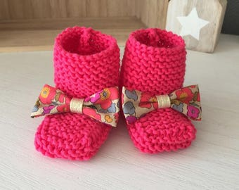 Bottons / baby tea neon hot pink wool and liberty Betsy node shoes