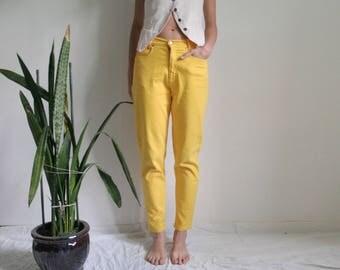Vintage mens W32 L30 bright yellow jeans