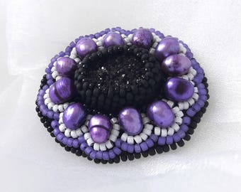 Black purple brooch Cabochon brooch drusy quartz jewelry White agate cameo druse embroidered Statement gemstone oval brooch