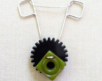 Bakelite Button Necklace, Sterling Silver, Vintage Buttons, Gear, Steampunk