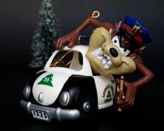 Looney Tunes Tasmanian Devil Police Car Christmas Ornament, Vintage Taz 1998 Warner Bros