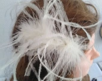 Lovely cream feather barrette