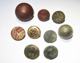 Group of 9 Historic Buttons from Colonial, Victorian and Early 20th.C.!!!!