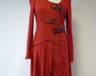 Red warm knitted dress, L size. Only one sample.