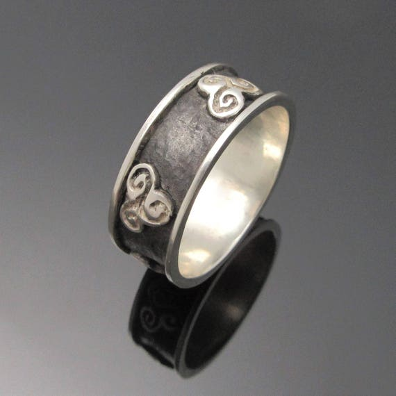Newgrange Triple Spiral Ring - Triskele Ring - Irish Jewelry -Unisex Ring  - Newgrange Jewelry - Designed and Made in Ireland