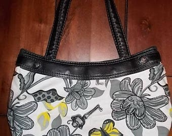 New Thirty-one Purse Skirt for Small Classic Purse Secret Butterfly Garden 31 Gifts BEAUTIFUL