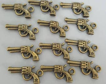 Bronze Revolver Charms - Set of 10 - 23mm Gun Charms Antique Bronze Finish