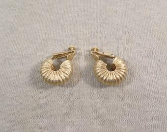 Vintage Gold Tone Clip On Hoop Earrings DL# 4681
