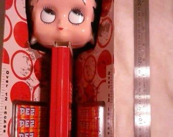NIB Huge Betty Boop PEZ Dispenser