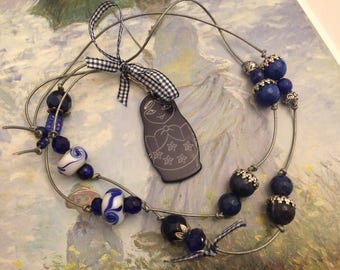 romantic necklace Navy Blue pearls and gingham