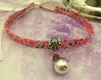 the romantic Choker necklace floral pink