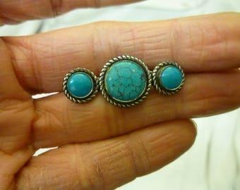 J73 Vintage Faux Turquoise Pin.