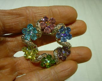 J97 Lovely Vintage Silver Tone with Multi-Colored Rhinestones Flowered Wreath Pin.