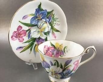 Royal Standard Winsome Vintage Floral Bone China Teacup England