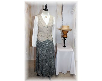 Pioneer / Settler / Little House on the Prairie / Anne of Green Gables / Oklahoma / School Marm / Old West Costume--Medium-Large  (K13)