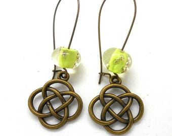 Earrings sleepers bronze knot Chinese lime bead