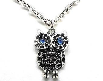 Little OWL Necklace blue rhinestones
