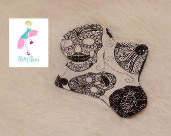 """6"""" Thong Liner Skulls Jersey CSP Cloth pad (2"""" snapped) thin discrete fleece back daily liner"""