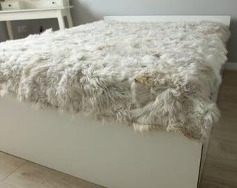 Sheepskin Throw | Beige Bed Throw | Beige Throw | Sofa Throw | bige Throw | Sheepskin Area Rug | Curly Fur