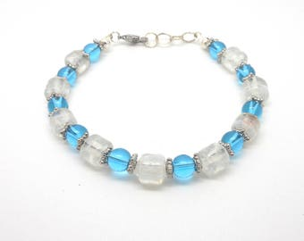 White and blue glass beads bracelet