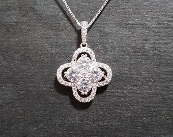 New 14k White Gold On 925 CZ Encrusted Clover Pendant Charm