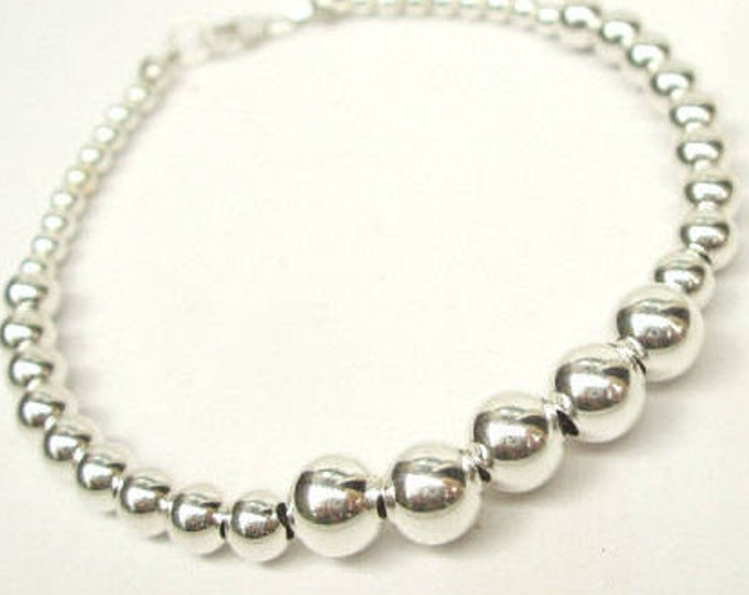 Simple Sterling Silver bead bracelet - with clasp or stretch