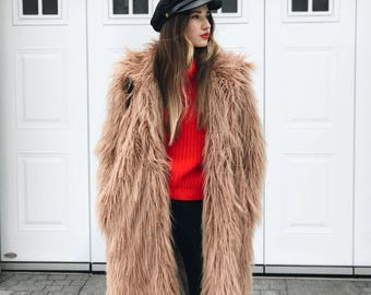 FAUX FUR COAT with collar / fake fur coat with collar / llama fur coat / shaggy fur coat/Alpaca fur/Beige camel coat /Fluffy teddy bear coat
