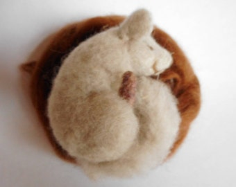 Baby chinchilla, felted chinchilla, grey chinchilla, needle felted animal, needle felted chinchilla, baby in a nest, gifts for her, gifts