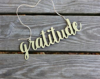 Gratitude Decorative Sign , Attitude of Gratitude , Gratitude Gallery Wall Sign , Give Thanks Sign , Inspirational Sign , Wreath Obsessed