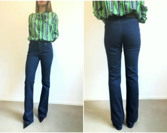 MOSCHINO bell botton jeans, Jeans Bell Botton Moschino, Flared Jeans no back pockets size 28, Vintage Moschino western jeans, Moschino jeans