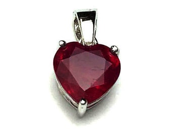 8x8 MM Ruby Glassfilled Cut Pendent Silver 92.5%