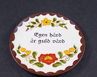 "SMF SCHRAMBERG porcelain PLATE"" Egen had ar guld vard "" -  Swedish texts - Wall Decoration"