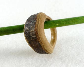 Wooden ring, large raw bark, simple and natural ring