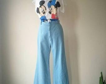 Vintage 1970s flared leg bell bottom high waisted denim jeans W29
