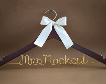 Personalized Wedding Hanger, Bridal Hanger, Custom Bride Dress Hanger with Wire Name,  Bridal Shower Gift, Bridesmaid Gift, Wedding Gift