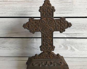 Vintage cast iron cross / cross relic / celtic cast iron cross / cross / religious decor