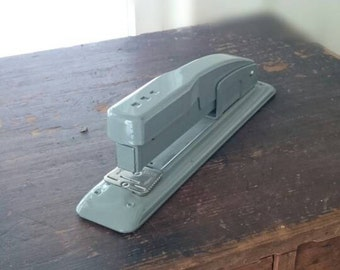 Vintage Swingline Office Stapler/Made in USA/Industrial Style/Vintage Classroom Decor