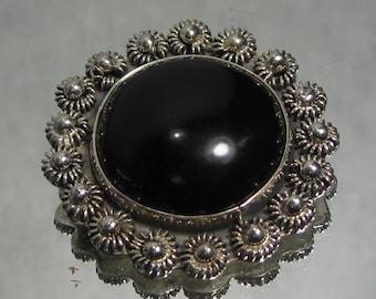 Vintage Sterling Silver Onyx Flower Brooch M160