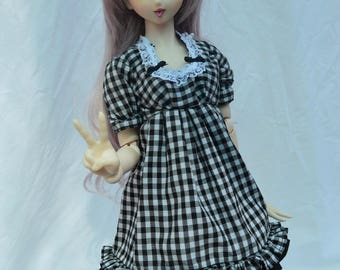 Black plaid Loli dress, for bjd SD and Dollfie Dream