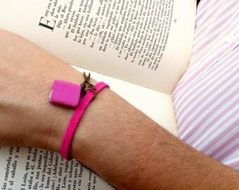 Book - leather - book bracelet - bracelet bracelet bracelet miniature - birthday librarian - bracelet - birthday reading - Book female