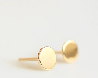 Minimal Simple Disc Stud Earrings, Silver Dot Stud Earrings, Gold Dot Stud Earrings, Smooth Circle Stud Earrings, Modern Chic Stud Earrings