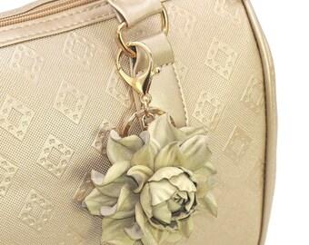 Genuine Leather Flower Bag Charm, Gilded Beige Rose Bag Clip, Real Leather Purse Charm, Flower Bag Clip, Keychain Clasp Handbag Zipper Charm