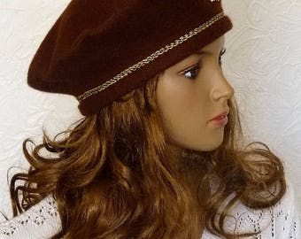 Women's beret,  Brown felted beret, Warm felt hat, women's hat, Brown hat