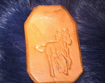 Keychain leather horse natural