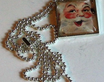 Vintage Santa Necklace - Pendant Necklace - Christmas Necklace - Christmas Gift