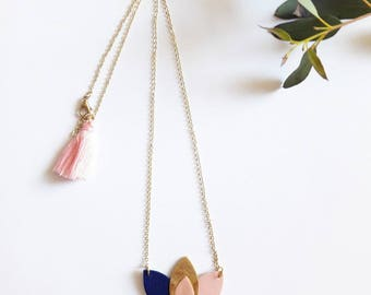 """Necklace """"Rosehip"""" Blue Navy, pink and gold"""