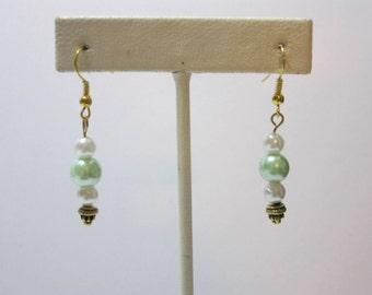 Pearl Earrings, Green Pearl Earrings, White Pearl Earrings, Green & White Pearl Earrings, Glass Pearl Jewelry, Glass Pearls, Jewelry set