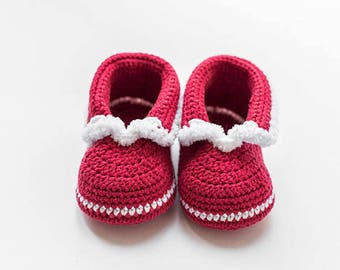 Red Christmas Baby mocassins Baby reveal box Baby moccasins Baby uggs Baby moccs Loafer booties Baby loafer shoe Baby sandals Soft sole baby