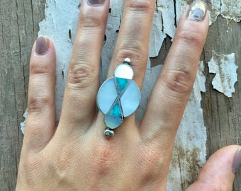 One of a Kind Vintage Sterling Silver + Turquoise + Mother of Pearl Zuni Inlay Native American Southwestern Women's Ring size 7.75