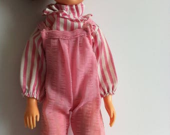 Vintage Sindy clothes, 1983 pink shoes, candy stripe blouse, dungarees.